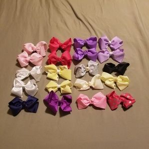 "🎀🎀Lot of 20 4"" Mixed Infant Hair bows🎀🎀"